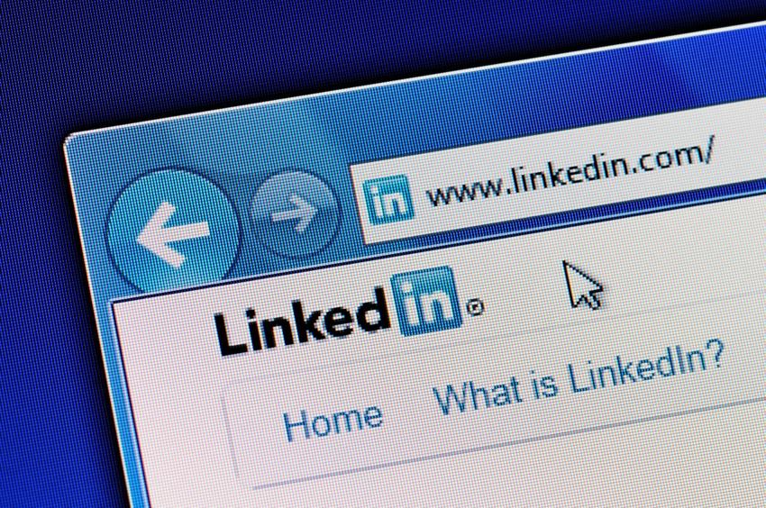 optimizing linkedin business page